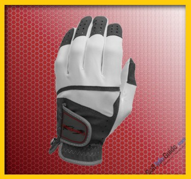 Caddy Daddy Talon: Football-Inspired Glove Grabs Attention