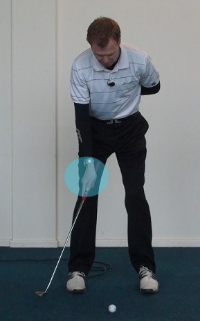 One Arm Drill Will Smooth Out Your Putting Stroke