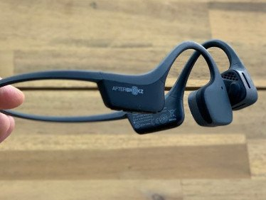 AfterShokz's New Trekz Air Headphones Should Be on Your List of Essential Golf Equipment