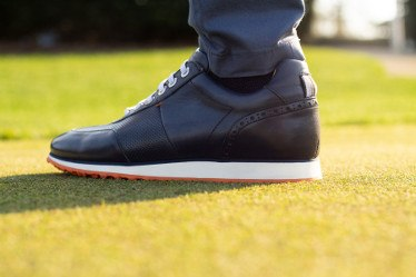 ROYAL ALBARTROSS Reveals New Golf Shoe as Tribute to Golf's Open Season