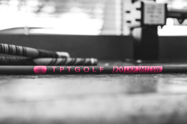 TPT Golf Reveals Limited-Edition Evian Pink 20 Series Shafts